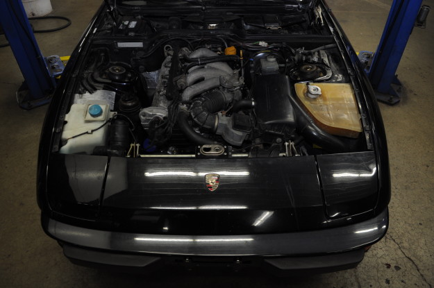 1983 porsche 924 s water pump replacement coolant leak timing belt 4 cylinder 2.4 engine bay motor
