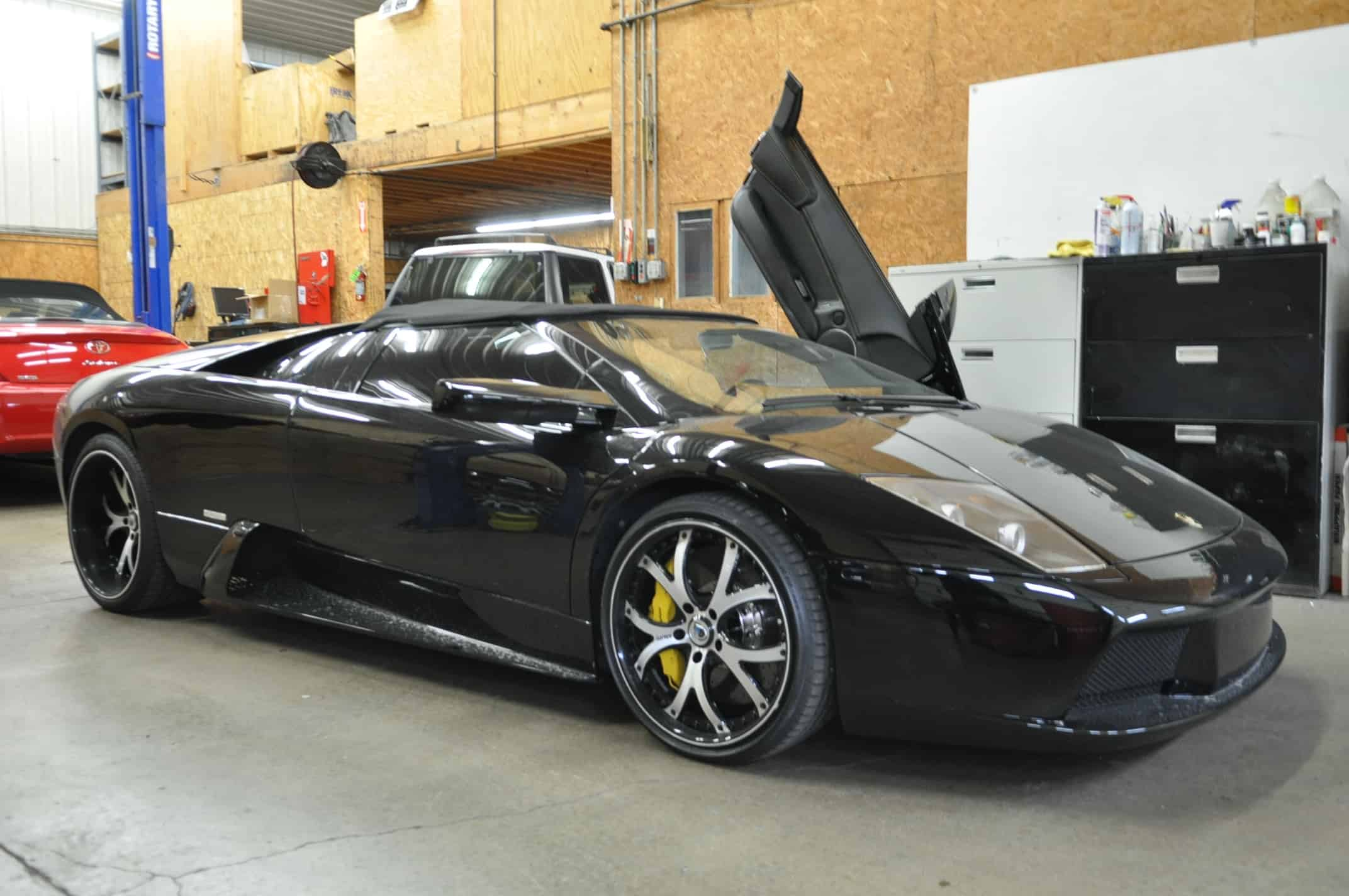 Lamborghini Murcielago diagnostic service, repair and maintenance in chicago naperville and plainfield Fluid MotorUnion  black