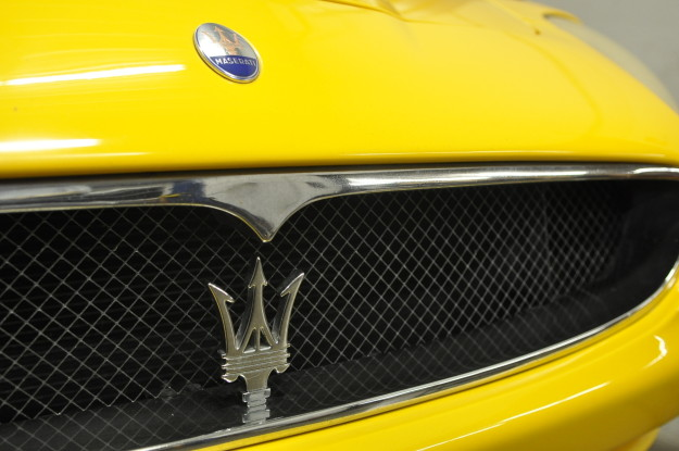 2003 Maserati Spyder Cambiocorsa 4200GT Granturismo Yellow service repair and maintenance in chicago naperville and plainfield fluid MotorUnion grill emblem trident logo