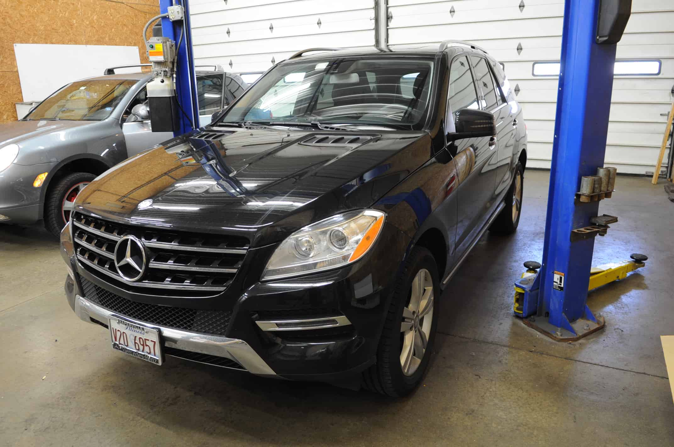 Unconventional oil change ml350 luxury european service for Mercedes benz chicago service