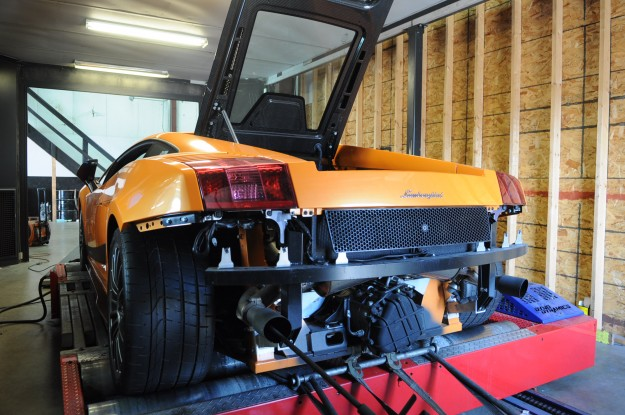 Lamborghini Gallardo Superleggera Exhaust Install - Fluid MotorUnion (2)
