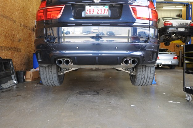 bmw-x5m-custom-exhaust-muffler-built-by-fluid-motorunion-4