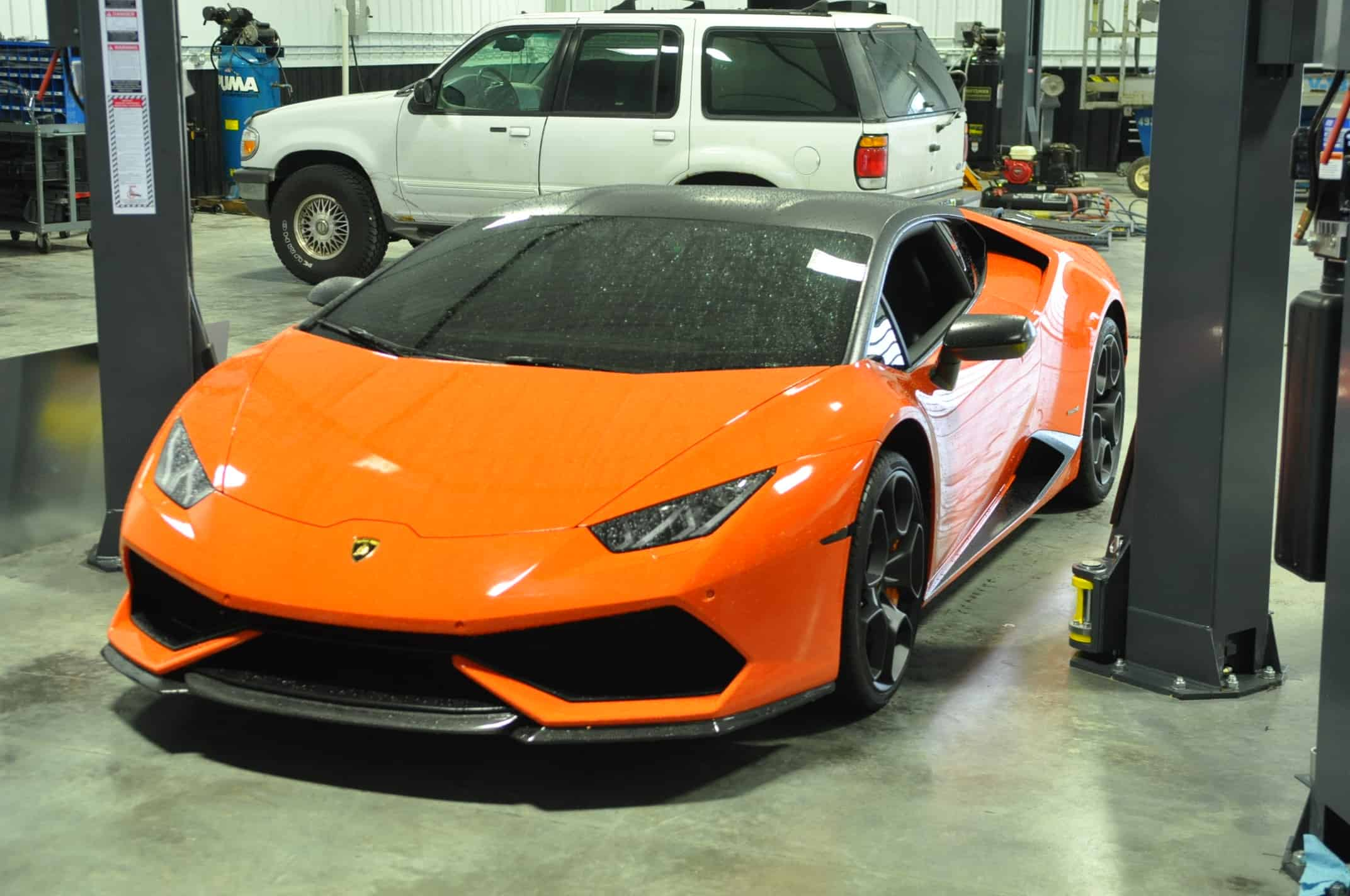 Lamborghini Huracan Tire & Powdercoating In Naperville