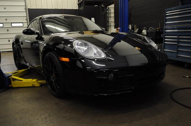 2007 Porsche Caymen S 3.4 987 m97 oil change black on black exterior front hood headlights