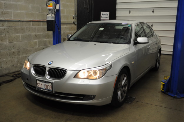 2009 bmw 535 xi x drive 6 cylinder twin turbo n54 p0302 misfire fuel pressure white smoke exhaust silver exterior 5 series fluid motorunion