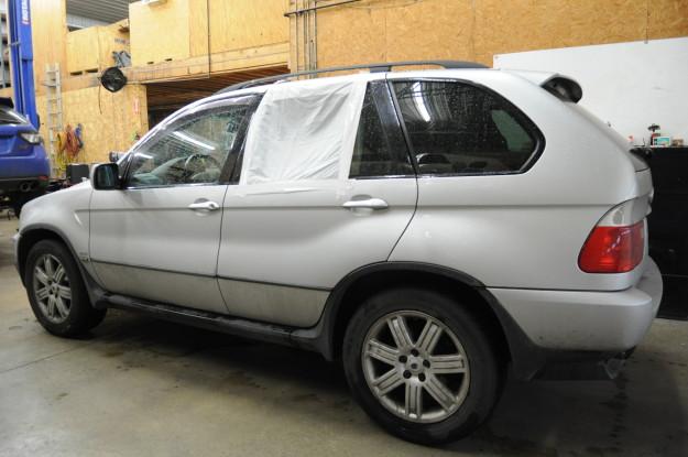 2002 BMW X5 4.4 E53 Window rear regulator stuck down left Diy crunching sound taped up window