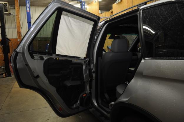2002 BMW X5 4.4 E53 Window rear regulator stuck down left Diy vapor barrier foam panel sticky removal