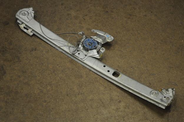 2002 BMW X5 4.4 E53 Window rear regulator stuck down left Diy window motor off cable streched off spool broken