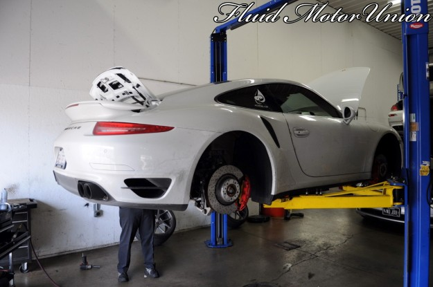 1 991 Porsche 911 Turbo Pagid Yellow Brake Pad Install Wheel Removal