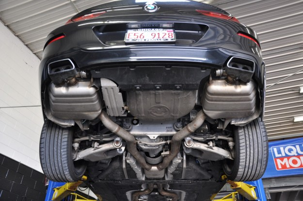 BMW 650i XDrive exhaust install factory underside (1)