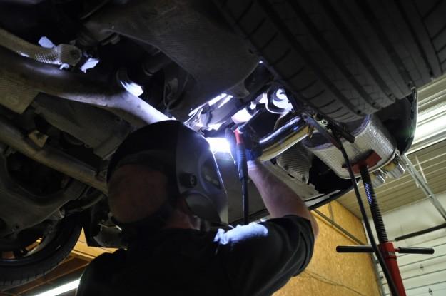 BMW 650i XDrive exhaust install welding (5)