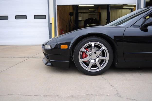 Acura NSX Brake Repair and Caliper Powder Coating (9)