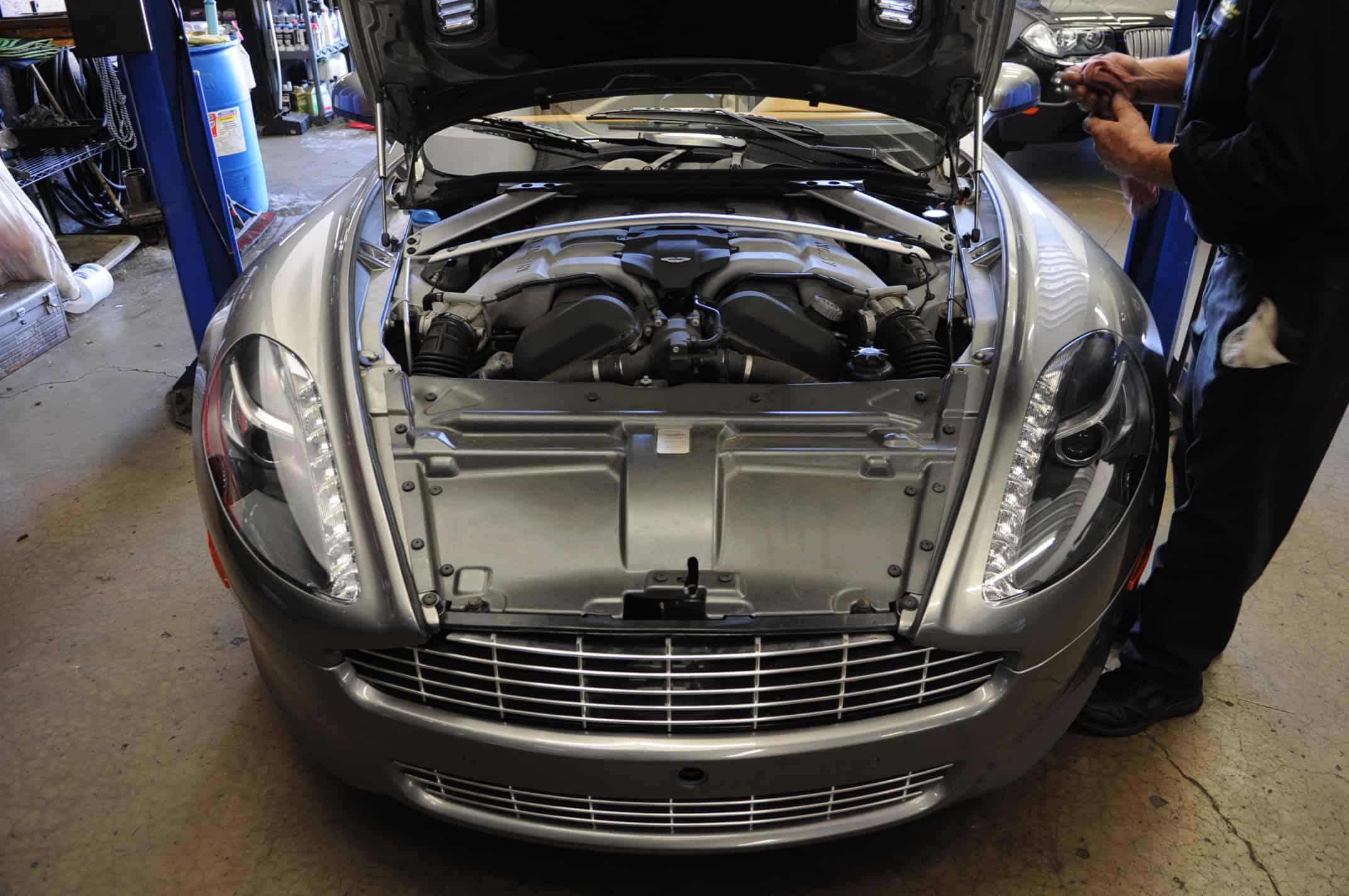 Aston Martin Rapide Service (4)