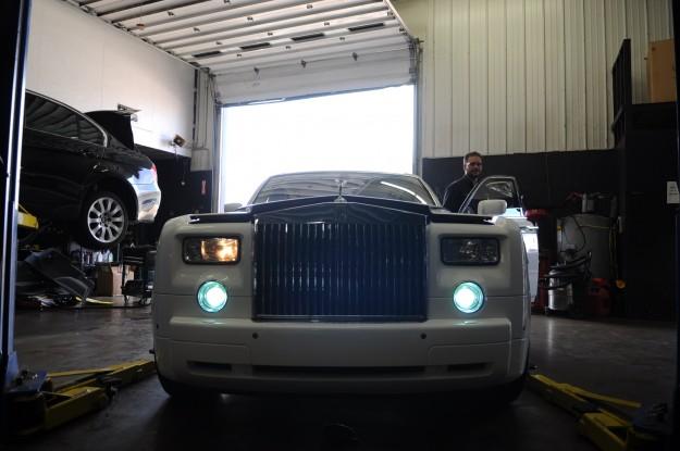 rolls-royce-phantom-air-bag-light-reset-and-service-1