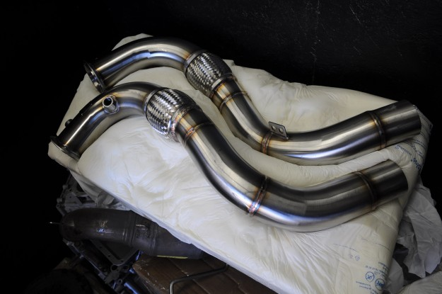 bmw-650-active-autowerke-downpipe-install-3